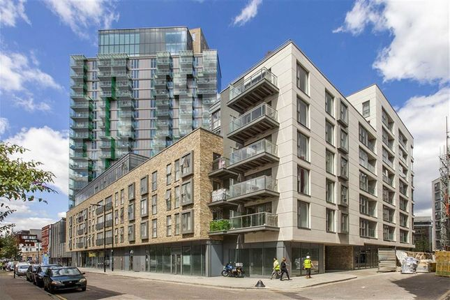 Thumbnail Flat to rent in Avantgarde Place, London