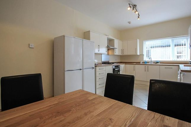 Thumbnail Property to rent in Allensbank Road, Heath, Cardiff