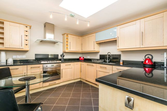 Homes to let in westbourne terrace london w2 primelocation for 3 westbourne terrace lancaster gate london