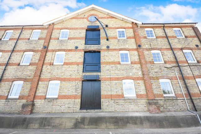 Thumbnail Flat for sale in Cullen Mill, Braintree Road, Witham