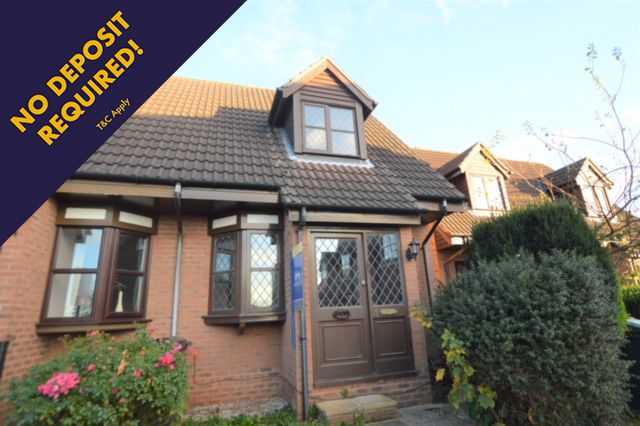 2 bed mews house to rent in School Green, Clutton, Chester