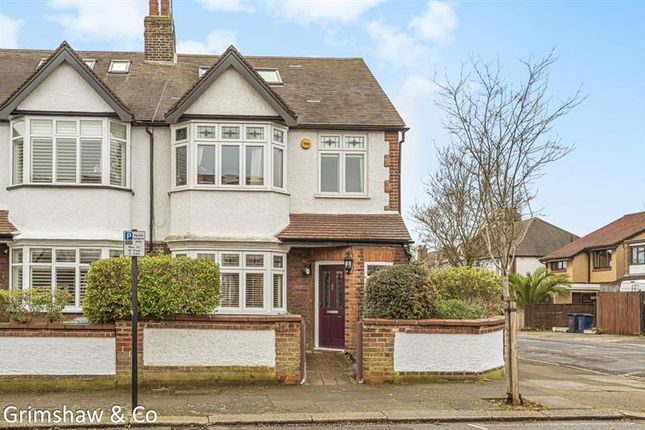 Photo of Rosemount Road, Near Cleveland Park, Ealing, London W13