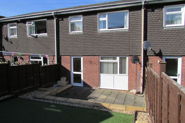 Thumbnail Terraced house for sale in Radnor Drive, Knighton
