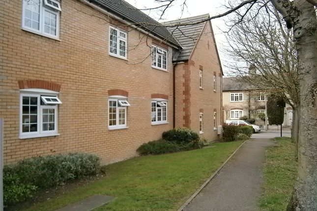 Thumbnail Flat to rent in Sanvignes Court, Baldock