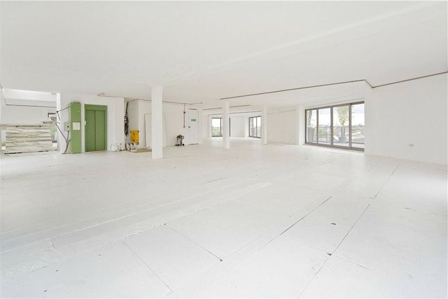 Flat for sale in Holmes Road, Kentish Town