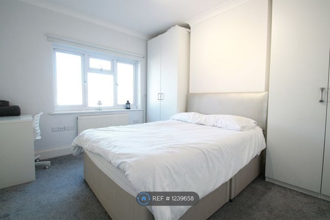 Thumbnail Flat to rent in Deans Lane, Mill Hill