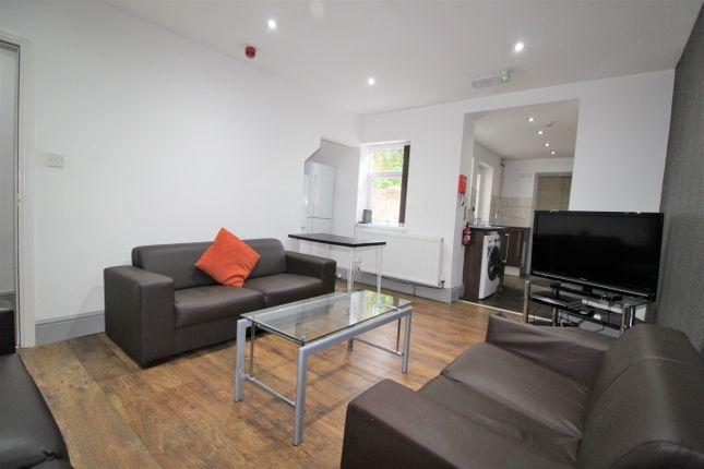 Triplex to rent in Jemmett Street, Preston