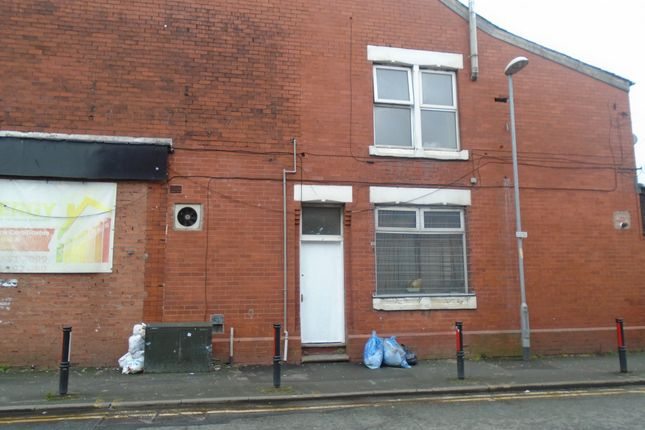 Thumbnail Flat to rent in Hyde Road, Manchester