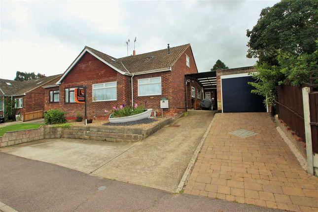 Thumbnail Semi-detached house for sale in Hillview Close, Rowhedge, Colchester