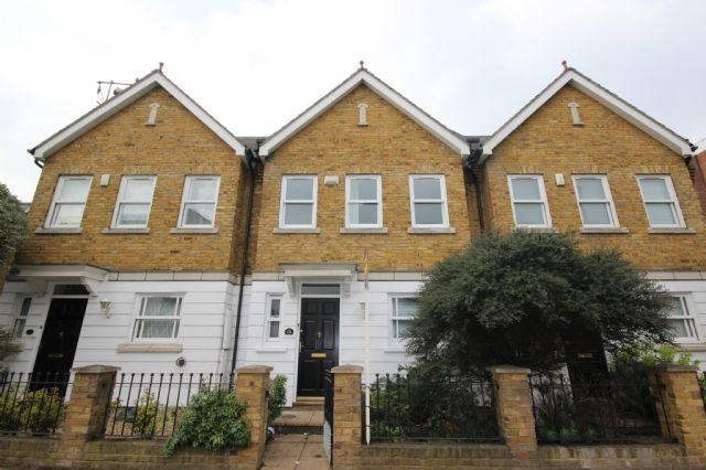 Thumbnail Property to rent in St. Marys Road, Ealing, London