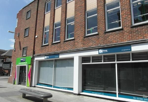 Thumbnail Leisure/hospitality to let in London Road, Southampton