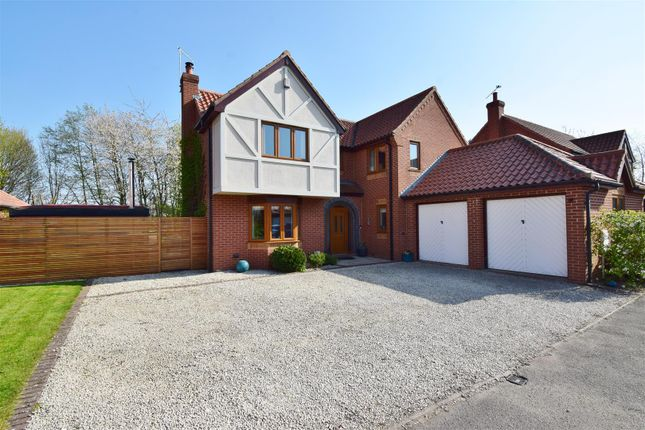 4 bed detached house for sale in Hopwas Close, Averham, Newark NG23