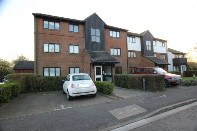 Thumbnail Maisonette for sale in West Quay Drive, Yeading, Hayes