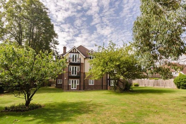 Photo 5 of The Avenue, Hatch End, Pinner HA5
