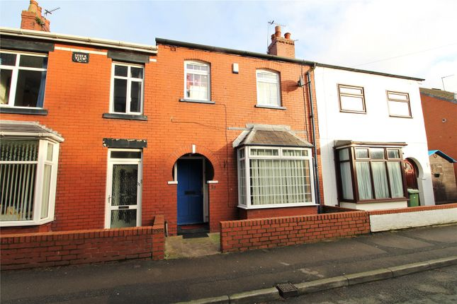 3 bed terraced house to rent in Market Street, Wesham, Kirkham