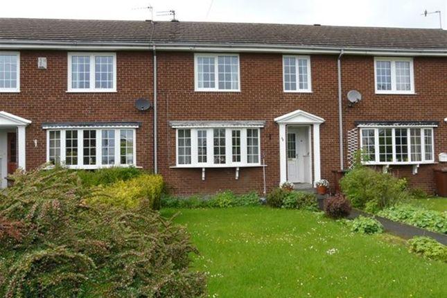 Thumbnail Town house to rent in Carleton Green Close, Pontefract