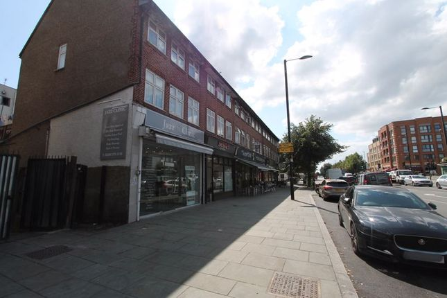 Thumbnail Flat for sale in Greenford Road, Greenford