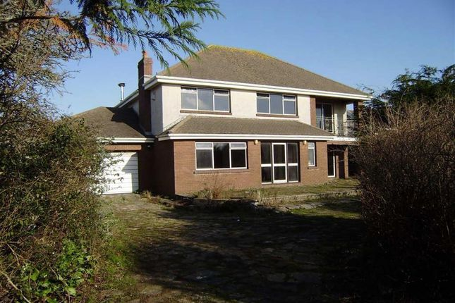 4 bedroom property for sale in West Cliff, Southgate, Swansea