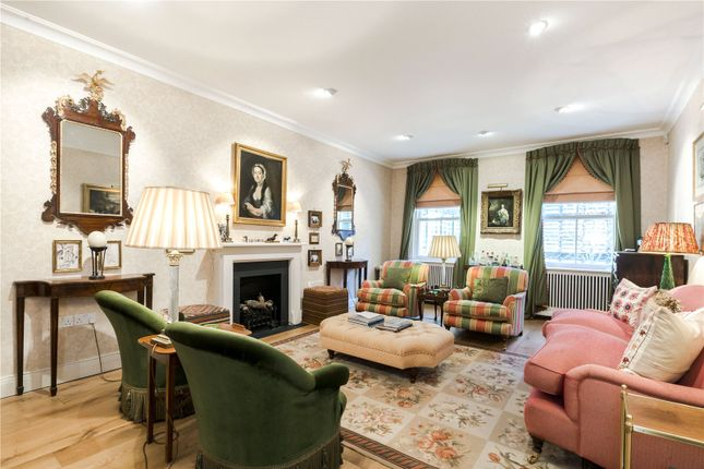 Thumbnail Mews house for sale in Eastbourne Mews, Bayswater, London
