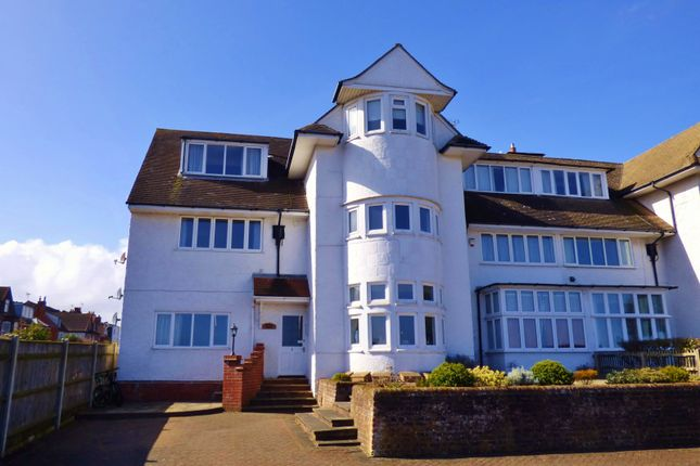 Thumbnail Flat for sale in Howard House, Gunton Cliff