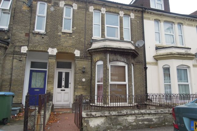 Thumbnail Shared accommodation to rent in Carlton Road, Southampton