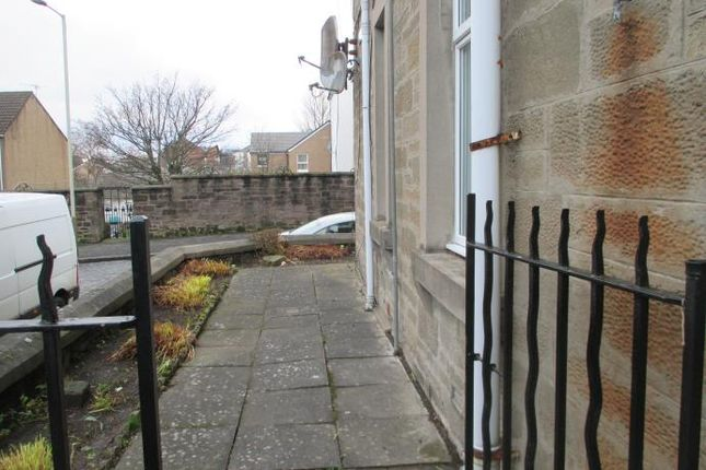 3 bed flat to rent in Buchanan Street, Dundee DD4