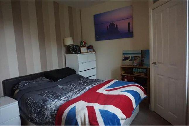 Bedroom B of Crescent Road, Dukinfield SK16