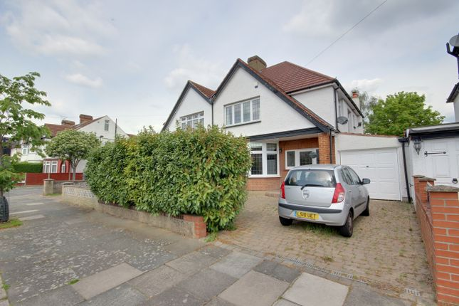 Thumbnail Semi-detached house for sale in Ridge Road, Winchmore Hill