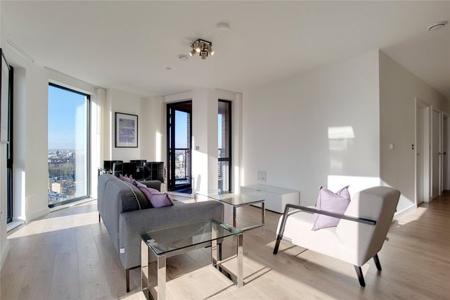 Thumbnail Flat to rent in Roosevelt Tower, 18 Williamsburg Plaza, London
