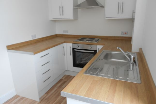 Thumbnail Flat to rent in Lias Road, Porthcawl