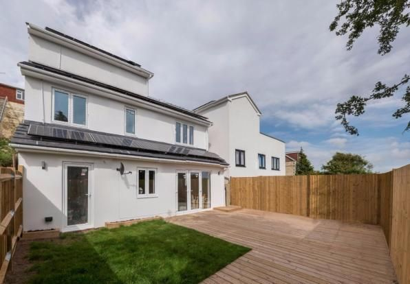 3 bed detached house for sale in Highbank, Brighton