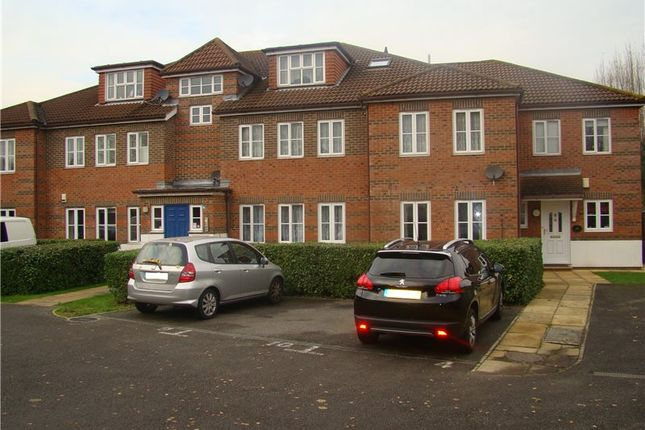 Thumbnail Flat to rent in Church Hill Road, North Cheam, Sutton