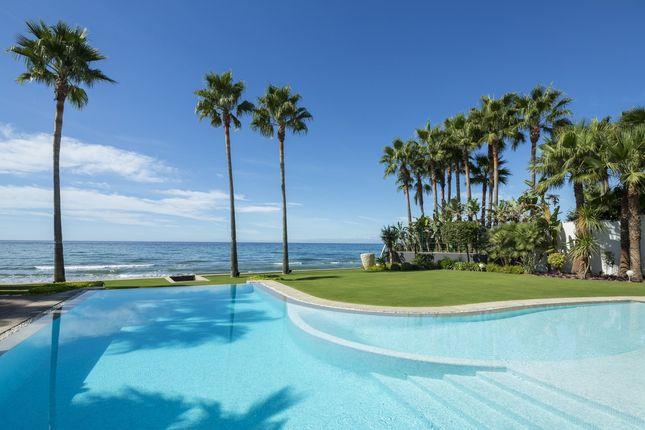 Thumbnail Detached house for sale in Avinguda Dels Esquivadors, 03699 Alacant, Alicante, Spain