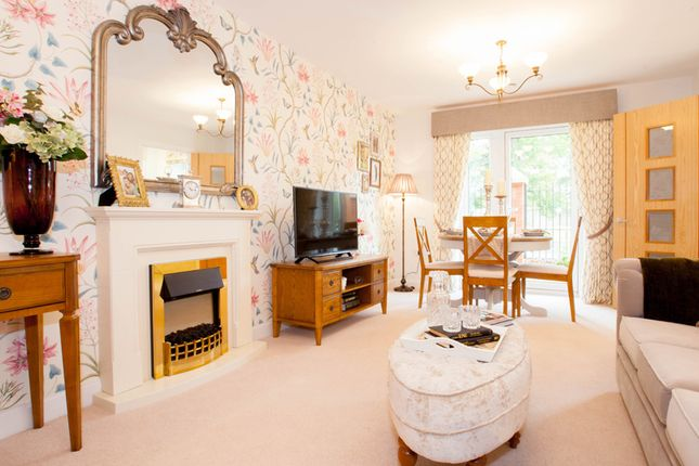 Thumbnail Flat for sale in Fields Park Drive, Alcester
