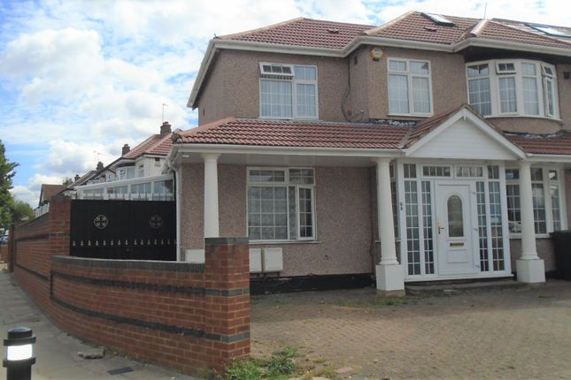 Thumbnail Semi-detached house to rent in Ascot Gardens, Southall