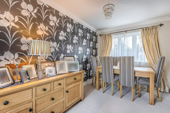Dining Room of Chapel Close, Watersfield, West Sussex RH20