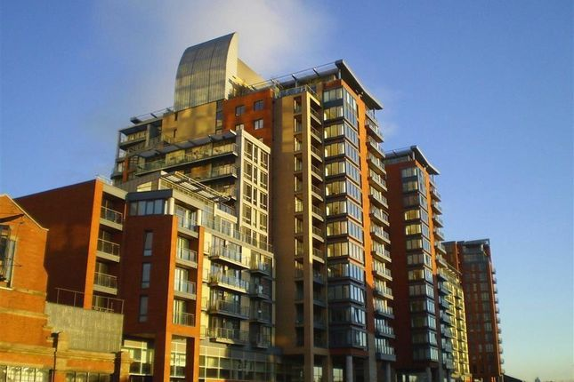 1 bed flat to rent in Leftbank, Spinningfields, Manchester M3