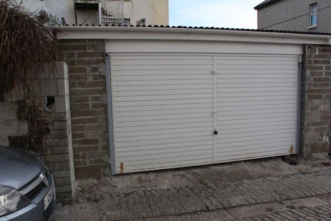 Parking/garage to rent in Embankment Road, Plymouth