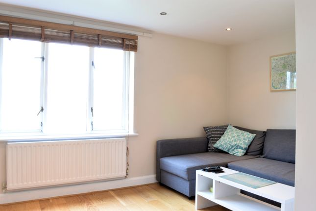 Flat to rent in Bellina Mews, Fortess Road, Kentish Town, London