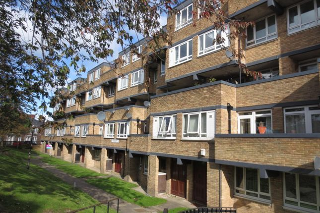 Thumbnail Maisonette to rent in Baxterwood Grove, Newcastle Upon Tyne