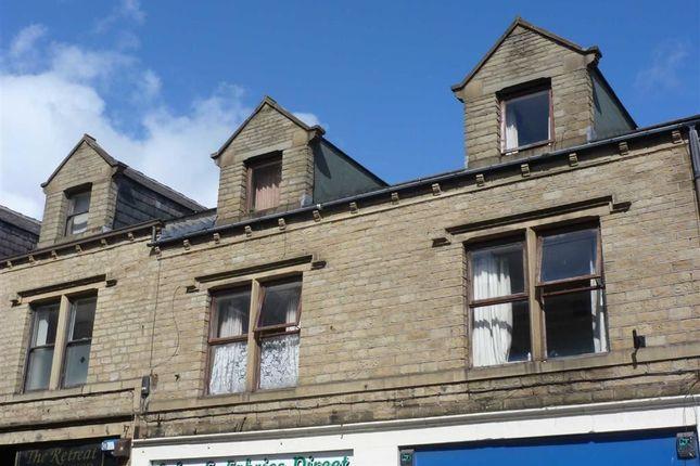 Thumbnail Flat to rent in Market Street, Milnsbridge, Huddersfield