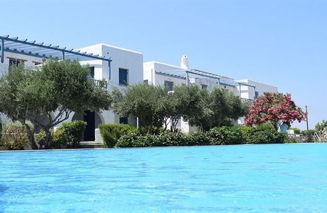 Town house for sale in Paros, Egeo, Greece