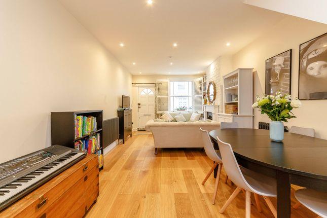 Open Plan Living of Chestnut Road, Twickenham TW2