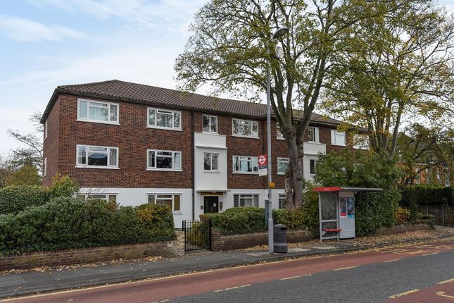 Thumbnail Flat for sale in Park Road, Surbiton