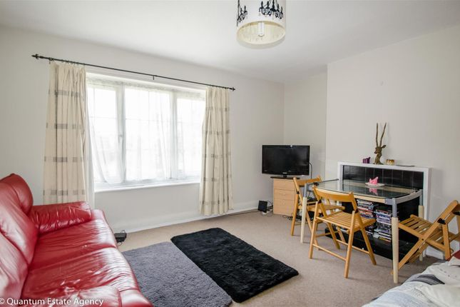 2 bed flat to rent in Rosemary Place, York YO1