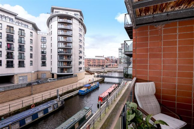 Thumbnail Flat for sale in Mackenzie House, Chadwick Street, Leeds, England