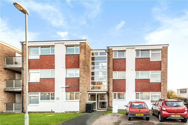 1 bed flat for sale in Park Gardens, Christchurch, Dorset BH23