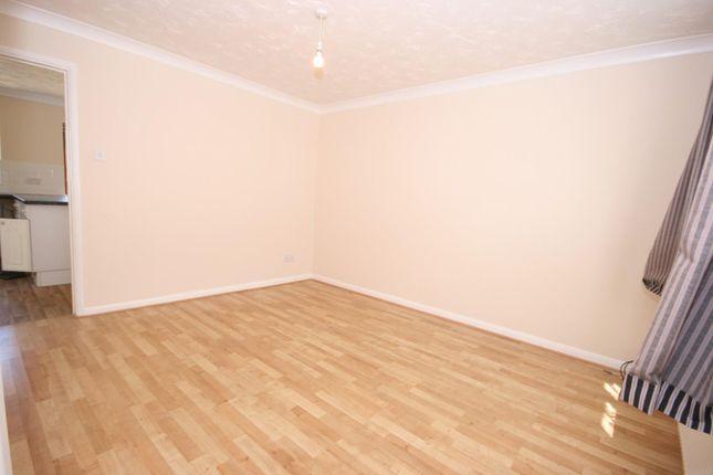 Sitting Room of Camrose Road, Northampton NN5