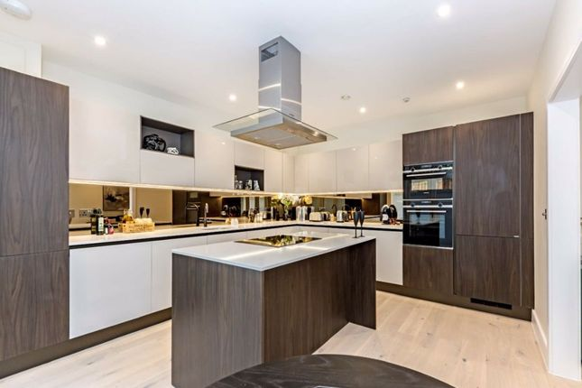 2 bed flat for sale in Ewell Road, Surbiton KT6