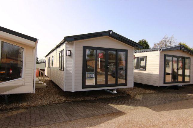 Thumbnail Mobile/park home for sale in Sheraton Elite, Ribble Valley, Country & Leisure Park, Paythorne, Gisburn